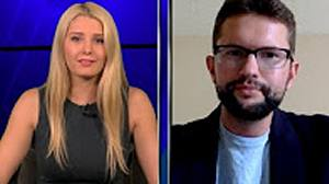 Lauren Southern: HuffPo Silences Journo Who Questioned Hillary's Health